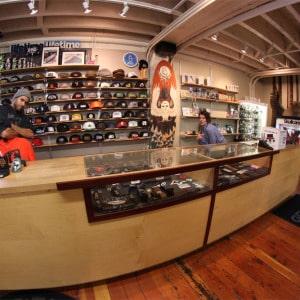 shop-pic-01