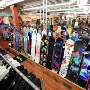 snow-shop-boards