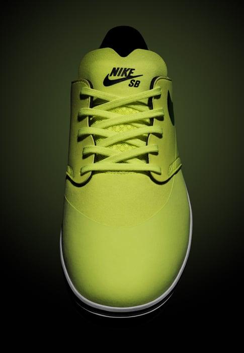detailed look a506e 421de Nike SB Lunar One Shot Skate Shoes