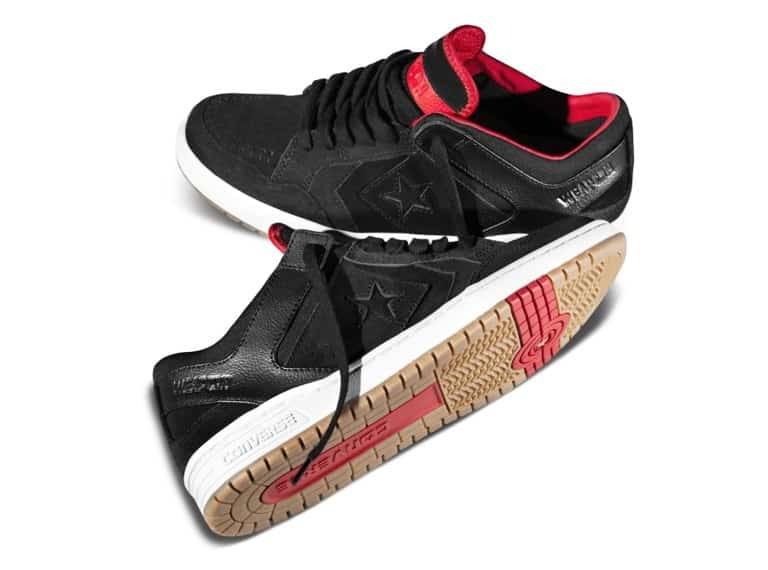 5aa303464ca Converse CONS Weapon Skate Shoes