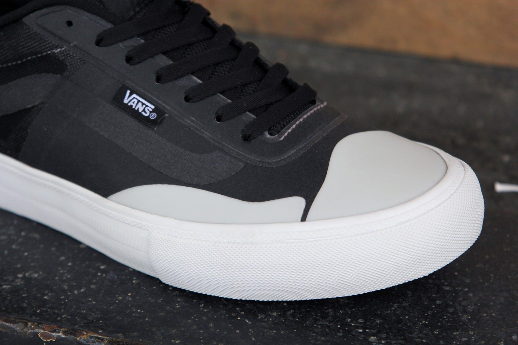 Skate shoes 2017 - Shop Vans Av Rapidweld Pro Lite Skate Shoes