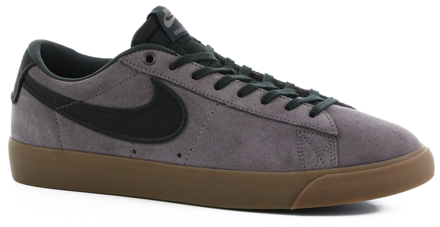 nike blazer low shoes