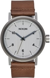 Nixon Stark Leather Watch - silver/saddle