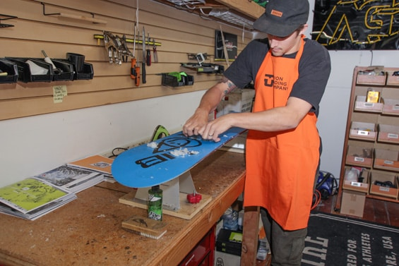 Eugene snowboard and ski tuning