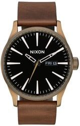Nixon Sentry Leather Watch - brass/black/brown