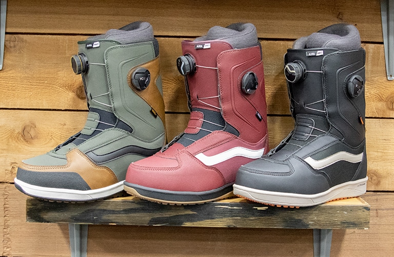 e0df2b62bb1 2020 Vans Snowboard Boots - Preview + Photos | Tactics