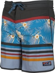 Patagonia Scallop Hem Stretch Wavefarer Boardshorts - bayou palmetto stripe: seaport